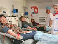 Донорство крови: кто может стать донором, как осуществляется забор, этапы переливания и график