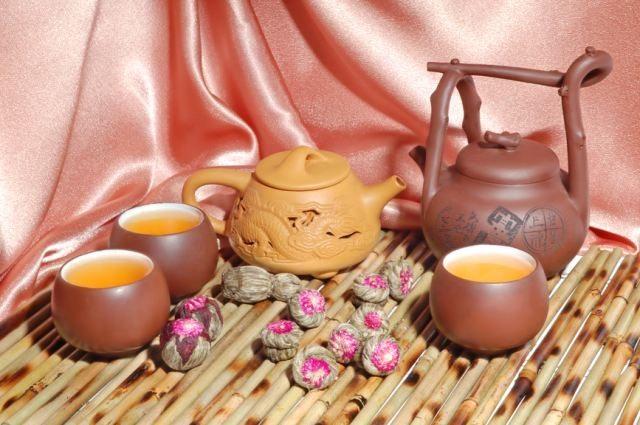 Чай, понижающий давление: какой пить при повышенном артериальном давлении, обзор сортов чая и травяных настоев