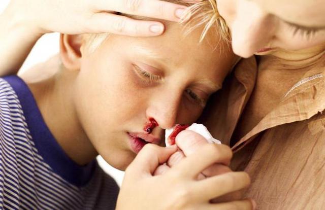 Тромбоцитопения у детей: причины, лечение, диета
