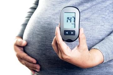 Норма сахара в крови у беременных женщин: таблица, новые нормативы, чем опасен повышенный и пониженный уровень