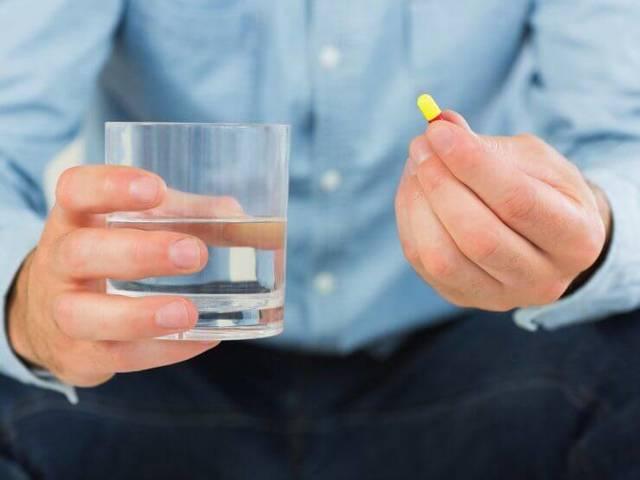 Кровь в сперме и моче: симптомы и причины возникновения кровянистых выделений у мужчин, диагностика и лечение