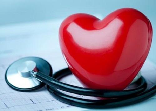 Разбитое сердце: что обозначает термин и почему возникает состояние