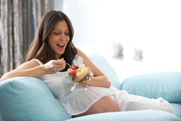 Высокий холестерин при беременности: чем опасен и как снизить