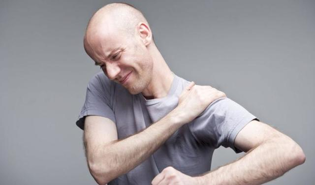 Как болит сердце: симптомы и признаки сердечного приступа у человека, патологии, вызывающие боль