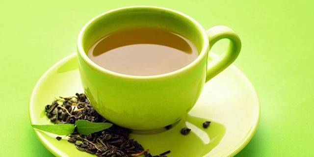 Зеленый чай: повышает или понижает давление, горячий или холодный пить, отзывы врачей