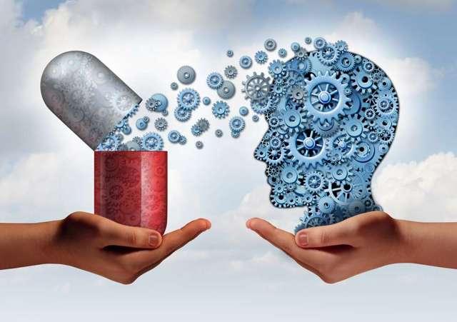 Как помочь головному мозгу в зимнее время: полезные витамины