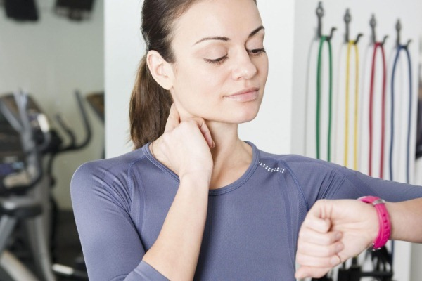 Дефицит пульса: когда возникает, как определяется, причины, симптомы, лечение и профилактика