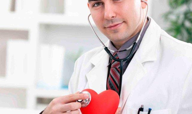Кардиолог: кто это, чем занимается, что лечит, когда к нему обращаться