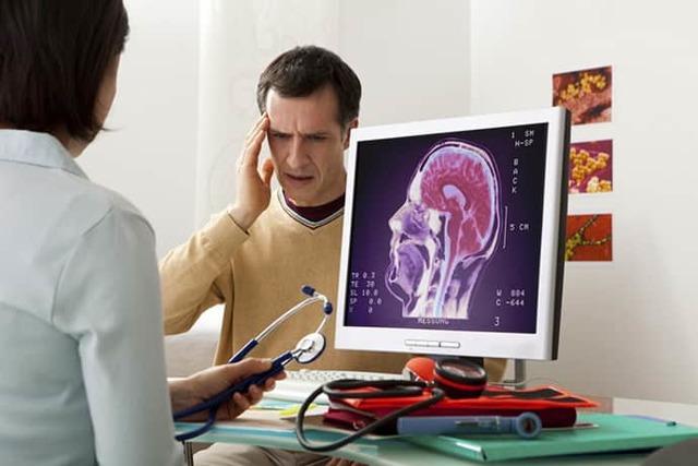Паралич: что это такое, симптомы, причины и признаки, лечение