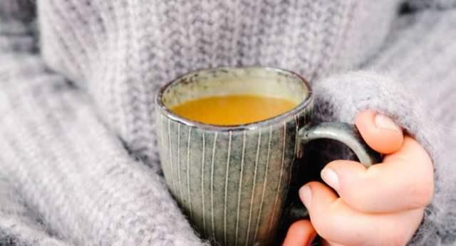 Золотое молоко из куркумы для сосудов и суставов: польза и вред, отзывы, мнение врачей