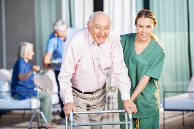 Ишемический инсульт: прогноз для жизни, последствия, симптомы, особенности пожилого возраста