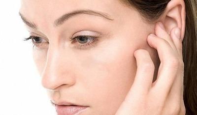 Ощущение заложенности в ушах: чем опасно состояние