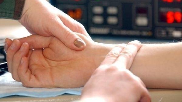Высокий пульс при нормальном давлении: что делать в домашних условиях, какие таблетки пить