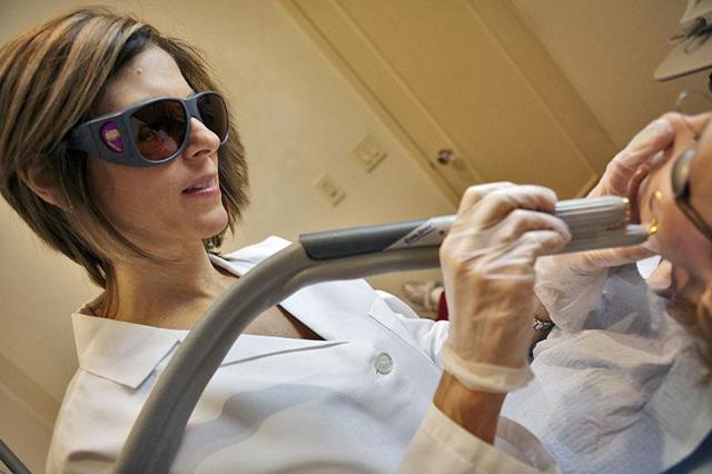 Гемангиома на лице у взрослых и детей: лечение