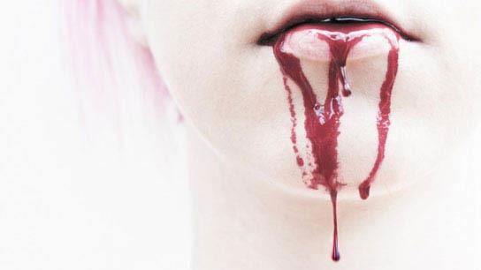 Кровь изо рта. Почему идет кровь изо рта.