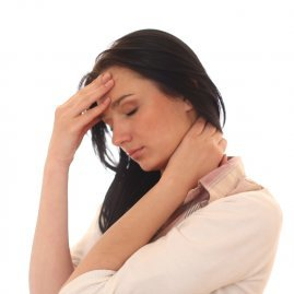 Почему шатает и кружится голова у женщин при нормальном давлении, причины