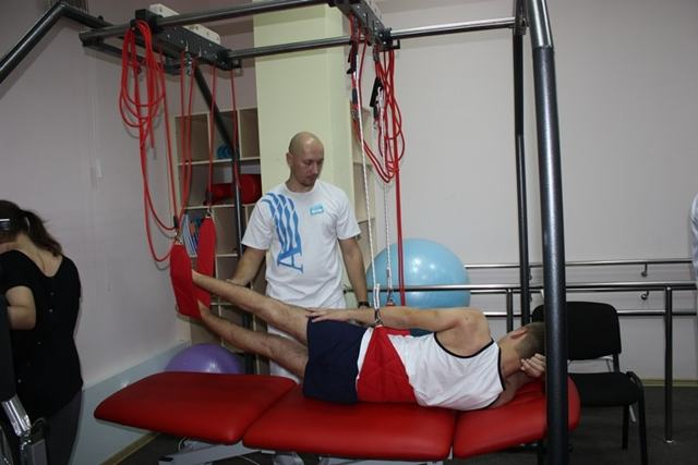 Комплекс гимнастических лечебных упражнений (лфк) после инсульта в домашних условиях, восстановительная зарядка во время реабилитации