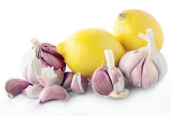 Как избавиться от холестериновых бляшек в сосудах: средства для чистки, диета, народные средства