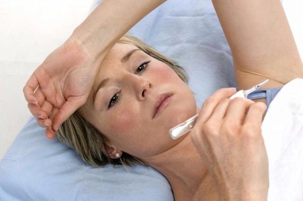 Температура после операции: нормально ли это, сколько держиться, причины повышения, рекомендации врачей