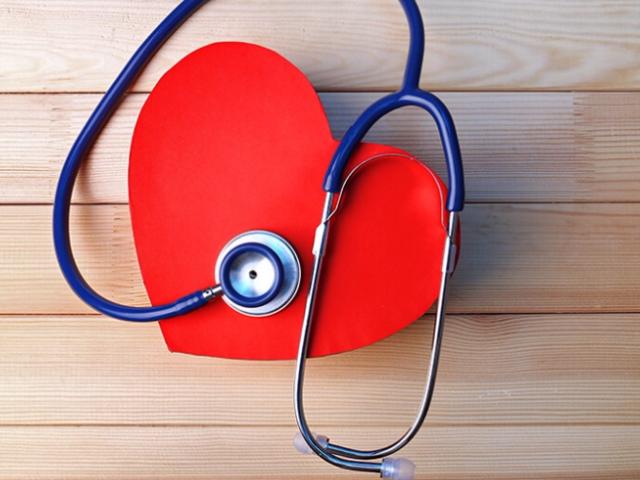 Шумы в сердце у взрослых: что это значит, насколько опасен, причины, виды, симптомы и лечение